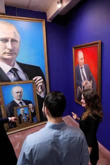 """6. Dezember 2017  Russlands Präsident Wladimir Putin bekommt im Museum in Moskau seine eigene Ausstellung, die auch noch den Namen """"SUPERPUTIN"""" trägt."""