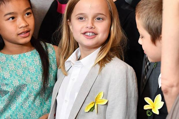 "Vivienne Jolie-Pitt am 14. September 2017 im schicken Anzug bei der US-Premiere von ""First They Killed My Father""."