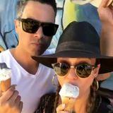 """23. Oktober 2017  """"Wochenende mit meinem Babe"""", postet eine eisschleckende Jessica Alba über ihren Ehemann Cash Warren."""