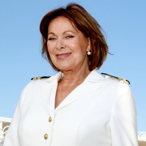 """Hängt nach 36 Jahren die Chefstewardessen-Uniform auf dem """"Traumschiff"""" an den Nagel: Heide Keller"""