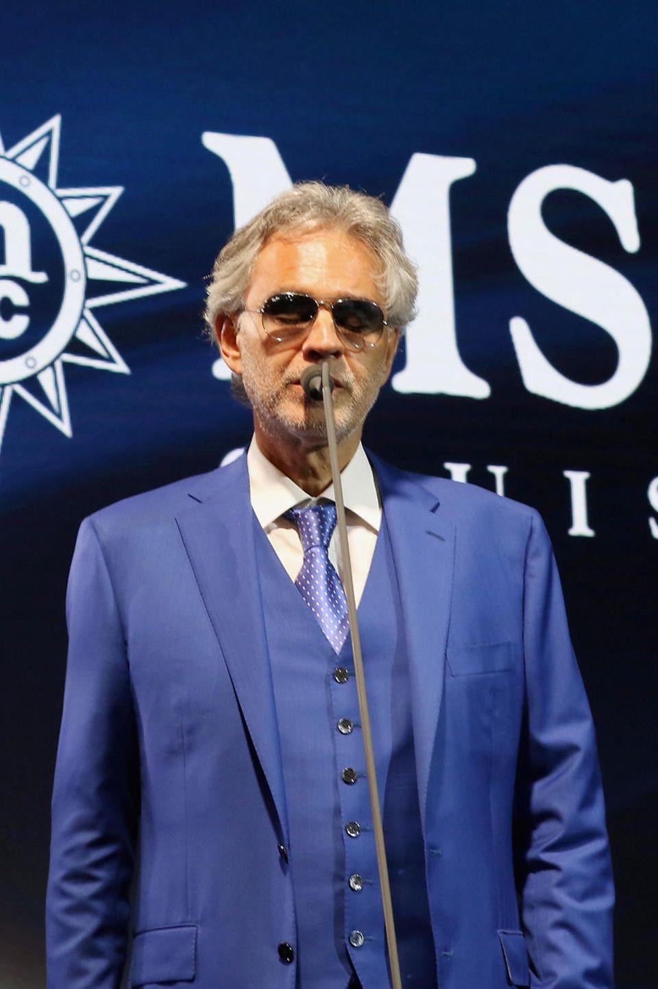 21. Dezember 2017  Zur Bekanntgabe der Partnerschaft von MSC Cruises mit der Andrea Bocelli Foundation performte der italienische Sänger live auf der Bühne ...