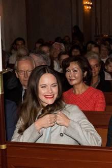21. Dezember 2017  Prinzessin Sofia und Prinz Carl Philip amüsieren sich prächtig: Das royale Traumpaar ist zu Besuch beim Weihnachtskonzert in der Gustaf Vasa Kirche in Stockholm.