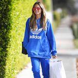 Sonnenschein und gemütliche Streetwear. Heidi Klum scheint noch nicht sonderlich in Weihnachtsstimmung zu sein. Im Schlumpf-Look erledigt sie Weihnachtseinkäufe in Hollywood.