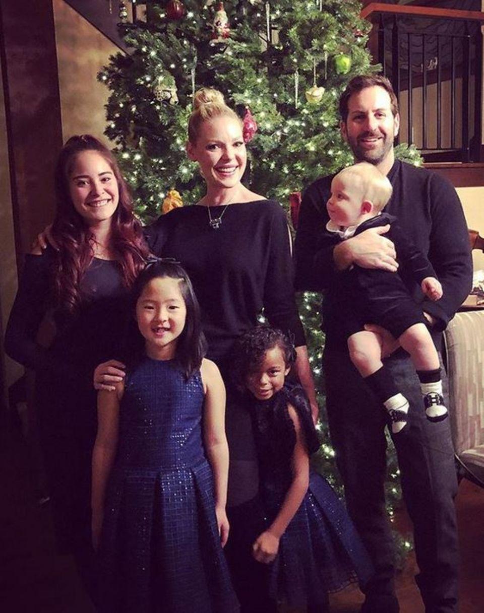 Katherine Heigl feiert mit ihrer Familie das Fest der Liebe.