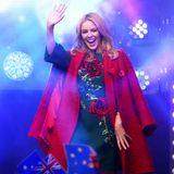 Viele Stars feiern 2018 einen runden Geburtstag. Die sympathische Powerfrau Kylie Minogue wird am28. Mai 2018 50 Jahre alt. Wir gratulieren ihr und den anderen Promis von Herzen.