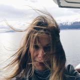 Ursula Karven sendet einen windigen Gruß aus dem südargentinischen Ushuaia. Dem Ende der Welt - wie die Schauspielerin postet.