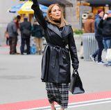 Die Sängerin und Schauspielerin ist sonst nicht nur auf dem roten Teppich top gestylt. Auch im Alltag sieht man sie meist in hohen Schuhen und engen Röcken.