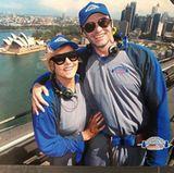 1. Januar 2018   Dinge, die man laut Hugh Jackman Neujahr machen muss: Die Sydney Harbour Bridge erklettern mit der großen Liebe. Gemeint ist damit natürlich Ehefrau Deborra-Lee Furness.