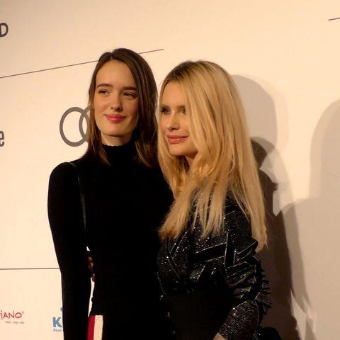 MIrja du Mont gemeinsam mit Tochter Tara Neven