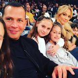 6. Januar 2018  Ausflug mit der ganzen Familie: Gemeinsam mit ihren Kindern schauen sich Alex Rodriguez und Jennifer Lopez ein Basketballspiel der Lakers aus der ersten Reihe an.