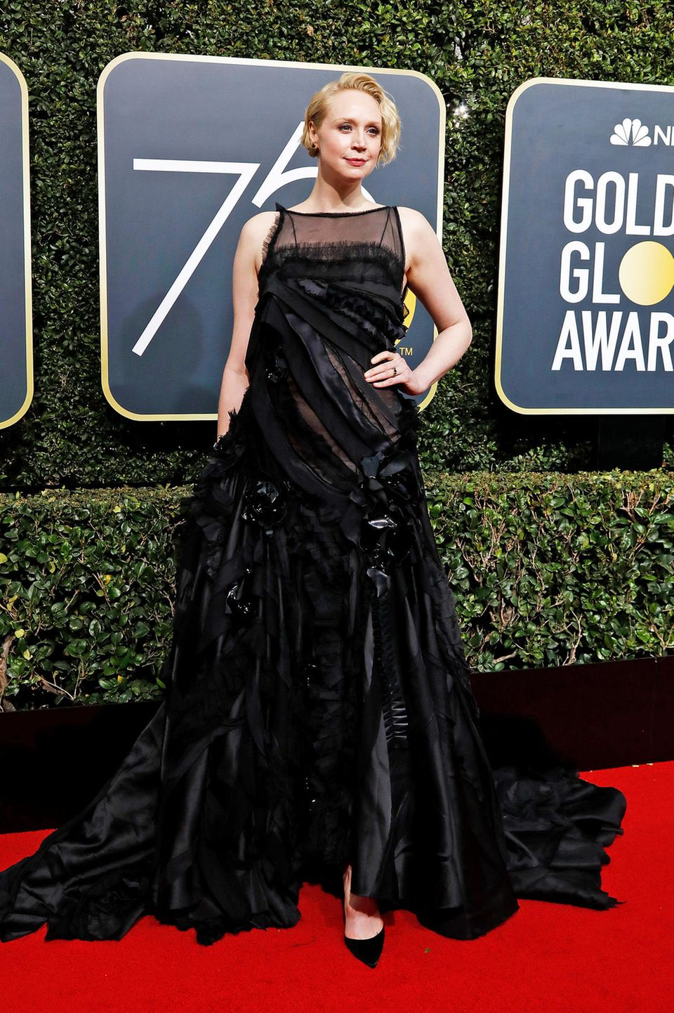 """Prächtig: """"Game of Thrones""""-Star Gwendoline Christie in Giles Deacon"""