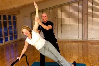 Mit viel Power startet Moderatorin Frauke Ludowig ins neue Jahr. Na dann hoch das Bein!