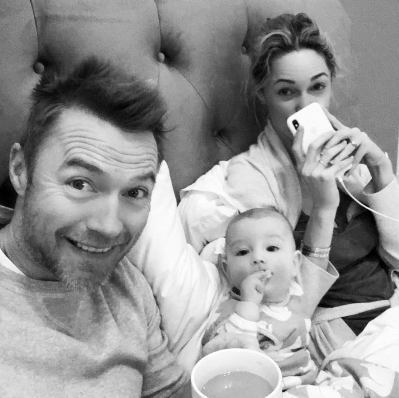17. Dezember 2017  Papa Ronan versorgt seine kranke Familie und hat sichtlich Spaß dabei.