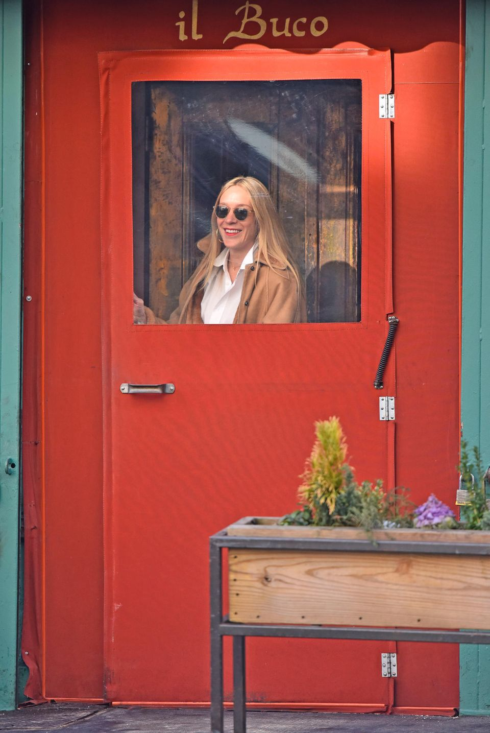 "10. Januar 2018  SchauspielerinChloë Sevigny kommt gerade aus dem Restaurant ""Il Buco"" in New York."