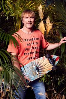 """Ansgar Brinkmannzieht ins Dschungelcamp 2018 ein. """"Alles was ich habe, habe ich immer der Mannschaft gegeben"""", sagt er. Wird der """"weiße Brasilianer"""" bei """"Ich bin ein Star – Holt mich hier raus!"""" ein echter Teamplayer sein?"""