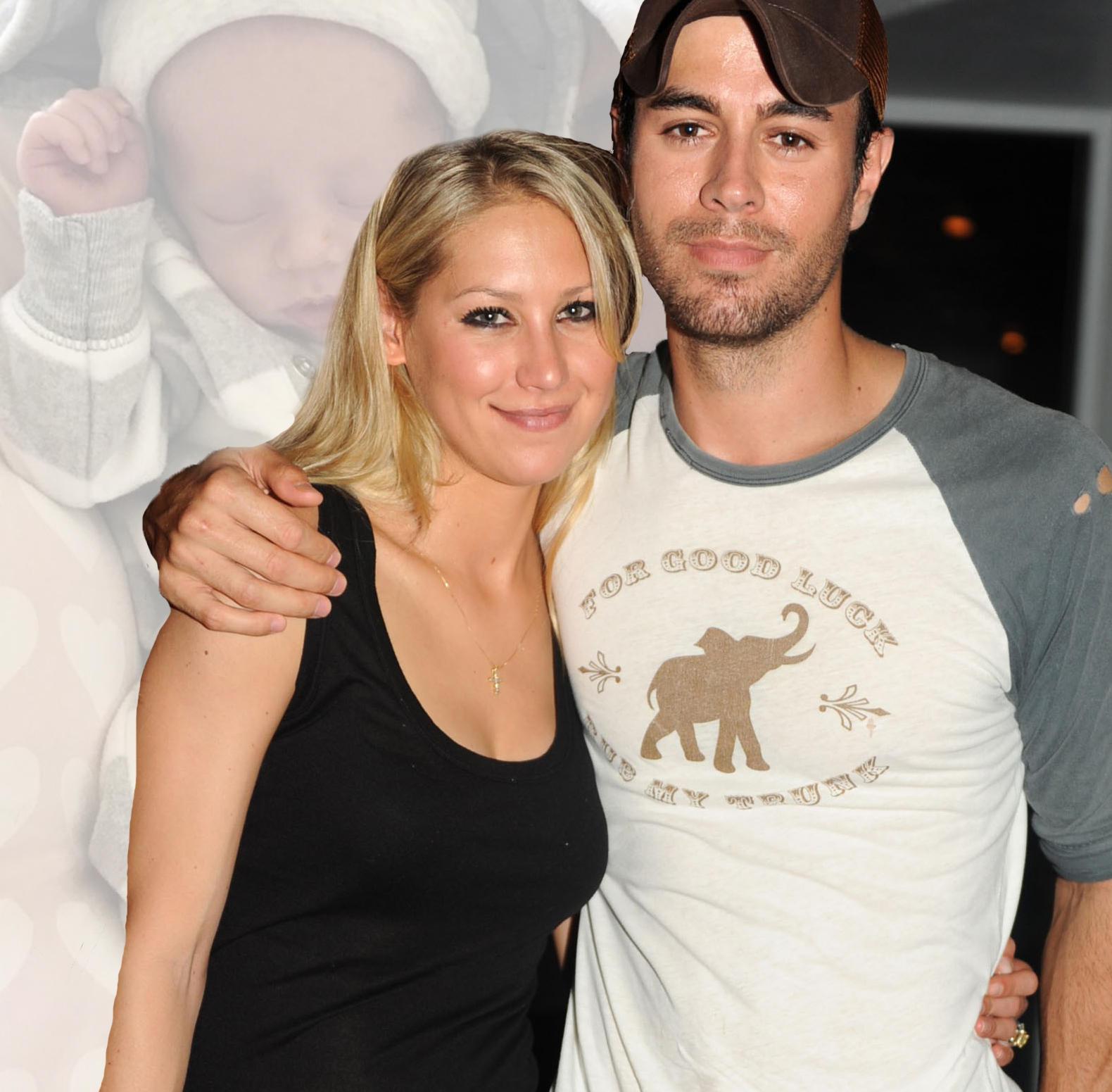 Anna Kournikova und Enrique Iglesias zeigen ihr Baby