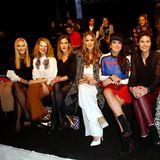 Front-Row bei Riani: Caroline Beil, Chiara Schoras, Wolke Hegenbarth, Charlotte Würdig, Christine Neubauer, Vanessa Blumhagen und Annett Möller.