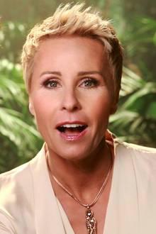 """Pünktlich zur neuen Staffel des RTL-Dschungelcamps hat Moderatorin Sonja Zietlow sich mal wieder eine Portion Botox gegönnt, wie sie jetzt gegenüber """"BILD"""" verraten hat: """"Jaaa, mein jährliches Botox gib mir heute!"""" antwortet sie auf die Frage, ob sie sich für die neue Staffel frisch gemacht hat. Dieses Mal ließ sie sich bei einer spanischen Hautärztin auf Mallorca spritzen."""
