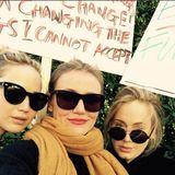 Sogar diese drei Superstars zeigten sich beim Women's March: Jennifer Lawrence, Cameron Diaz und Adele, die dieses Selfie mit einem Loblied auf die Frauen in ihren Leben auf Instagram postete.