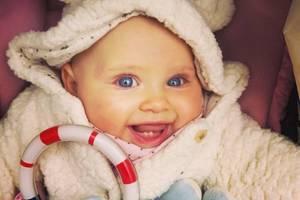 20. Januar 2018  Zuckersüß! Moderatorin Caroline Beil postet dieses Bild von Töchterchen Ava und wünscht ein schönes Wochenende.