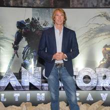 "Regisseur Michael Bay bei der Premiere von ""Transformers: The last Knight"""
