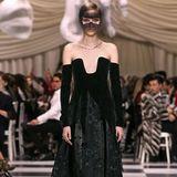 Auch sehr spektakulär ist diese Kreation von Dior-Designerin Maria Grazia Chiuri.