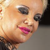 """2010  Ihr hemmungsloser Lifestyle ist Tatjana Gsell mittlerweile ins Gesicht geschrieben. Nachdem sie ein zweites Mal für das Männermagazin """"Penthouse"""" die Hüllen hat fallen lassen, steht sie als Werbegesicht für die Erotikmesse """"Venus"""" in der Öffentlichkeit und macht durch Autofahrten unter Alkoholeinfluss Schlagzeilen. Es ist der traurige Höhepunkt ihrer Karriere."""