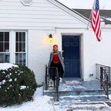 """18. Januar 2018  Reese Witherspoon wird vor dem Haus ihrer Großeltern ganz sentimental. """"So viele Erinnerungen"""", postet die Schauspielerin."""