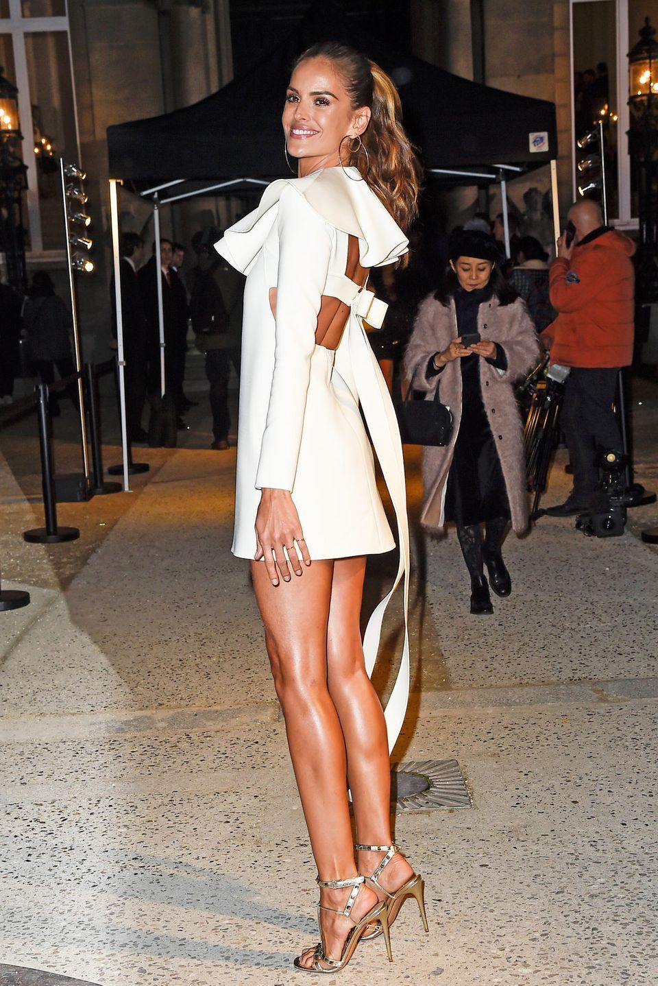 Diesmal nicht auf dem Laufsteg, aber trotzdem strahlend schön: Izabel Goulart bei der Show von Valentino