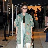 Fashionista Olivia Palermo ist ebenfalls zu Gast bei der Valentino-Show im Hotel Salomon de Rothschild.