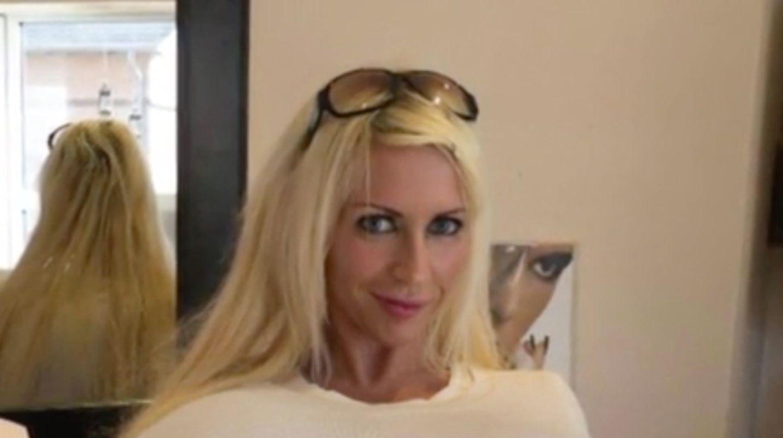 Größten Brüste der Welt: Erotik-Model mit Körbchengröße