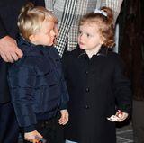 26. Januar 2018  Rumstehen kann ganz schön langweilig sein. Das süße ZwillingspärchenPrinz Jacques undPrinzessin Gabriella ist von den Feierlichkeiten noch nicht so wirklich begeistert.