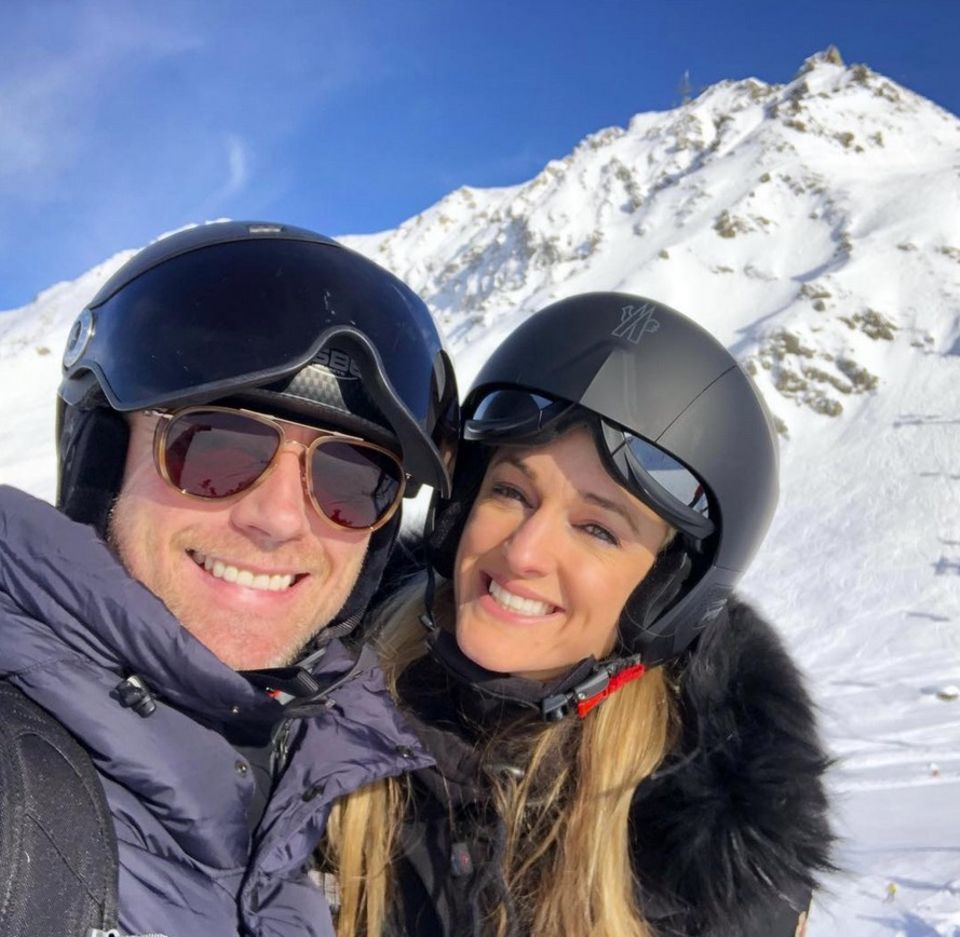 14. Januar 2018  Die Familie Keating macht gerade Urlaub in den Alpen. Auch Mama Storm und Papa Ronan genießen die gemeinsame Zeit.