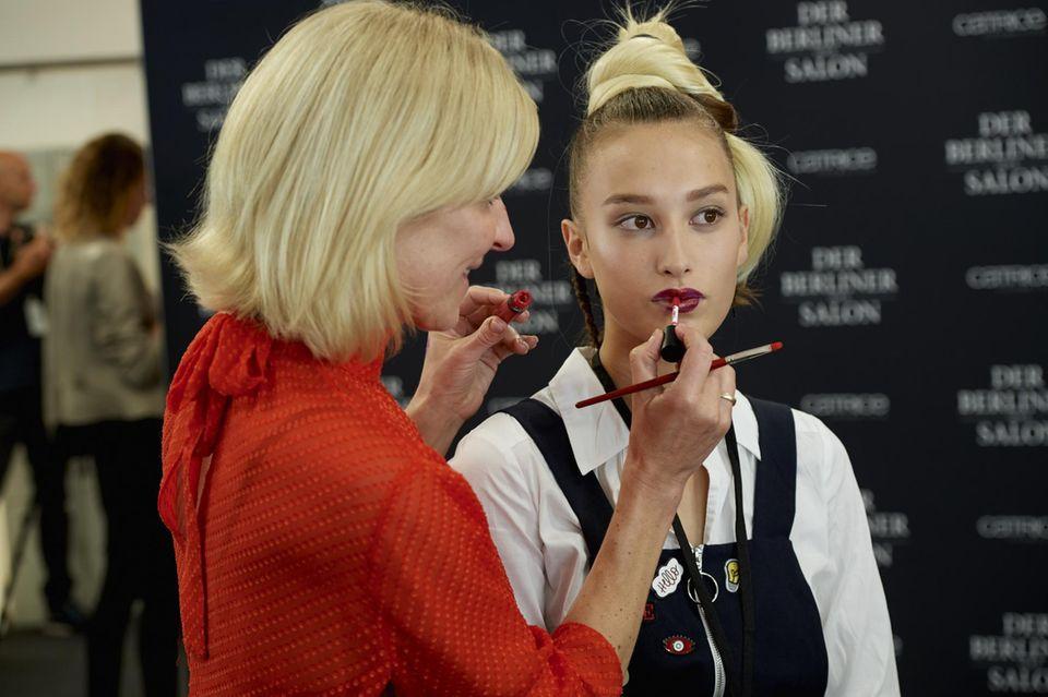 Make-up Artist Loni Baur entwickelte in Zusammenhang mit Catrice die Beauty-Looks für die Schauen des Berliner Mode Salons während der Fashion Week im Januar.