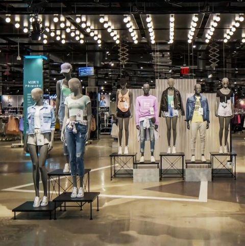 Wegen eines Kleidungsstückes herrscht Unmut bei den Primark-Kunden.
