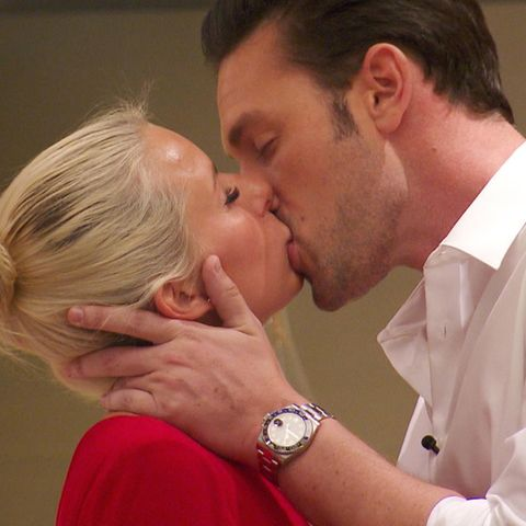 """Heiße Küsse zwischen Daniel und Carina bei """"Der Bachelor"""". Wird daraus noch mehr in dieser Nacht?"""