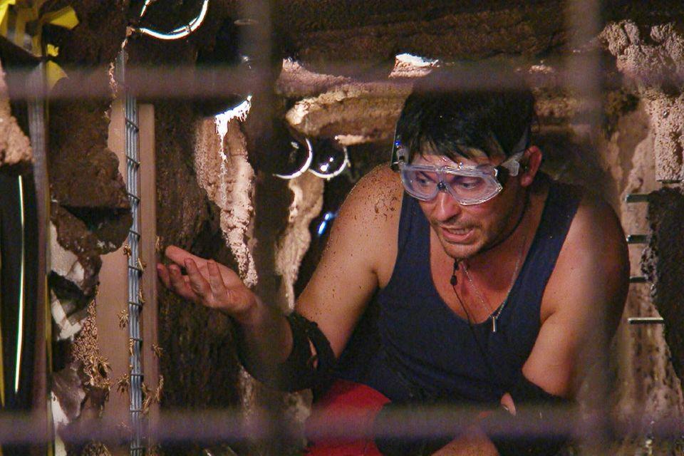 Matthias Mangiapane kämpft sich durch den Tunnel.