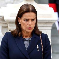 Zeremonie im Schlosshof, November 2017: Stéphanie von Monaco macht während des Nationalfeiertags in Monaco in ernstes Gesicht.