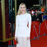 Schlicht und schön: Bei der Berlinale 2014 trägt Diane Kruger dieses elegante Kleid von Elie Saab.