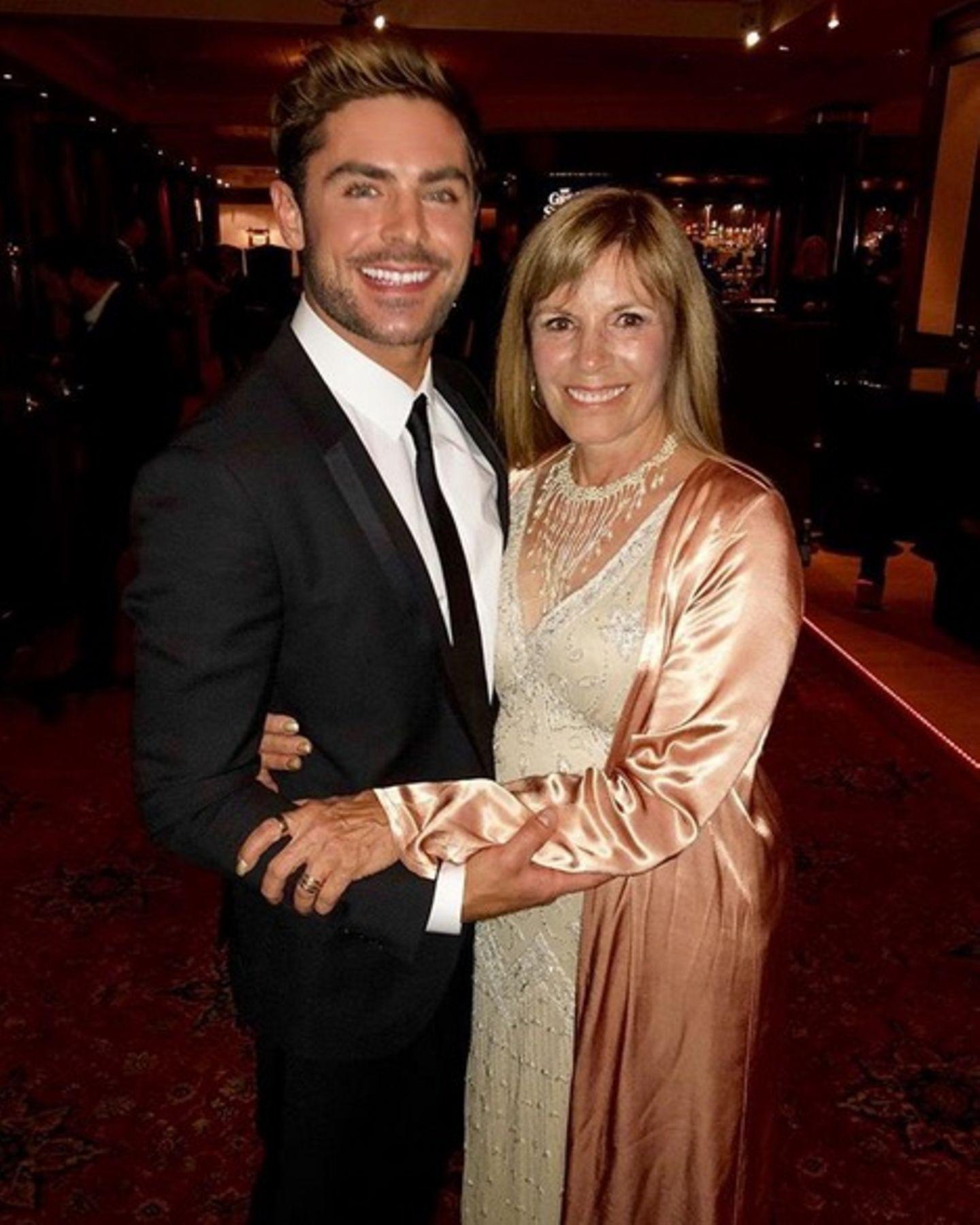 Starla Baskett ist eine große Stütze für ihren Sohn Zac Efron. Der Schauspieler gratuliert seiner Mutter darum herzlich auf Instagram zum Geburtstag.