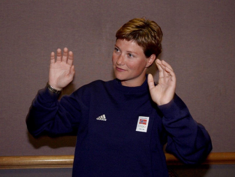 Auf einem Foto aus dem Jahr 2000 ist die Schwester von Kronprinz Haakon kaum wiederzuerkennen.