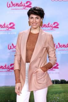 """Schauspielerin Jasmin Gerat auf der Filmpremiere von """"Wendy 2- Freundschaft für immer"""""""