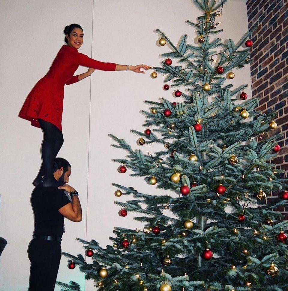 24. Dezember 2017  Frohe Weihnachtswünsche von Rebecca und Massimo.