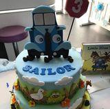 So schaut die Torte von Liv Tyler für ihren Sohn zum dritten Geburtstag im Detail aus.
