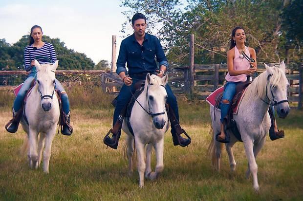 Samira, Daniel und Kristina hoch zu Ross