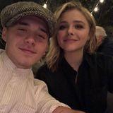 """""""My valentine"""", postet Brooklyn Beckham verliebt. Damit gemeint ist selbstverständlich FreundinChloë Grace Moretz."""