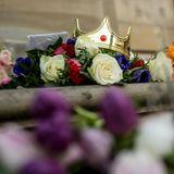 15. Februar 2018  Große Anteilnahme vom Volk: Vor den Toren Amalienborgs liegen Blumen, Bilder, kleine Nachrichten und viele andere liebe Aufmerksamkeiten.