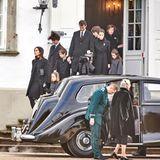 15. Februar 2018  Prinz Henriks Sargüberführung von Schloss Fredensborg nach Schloss Amalienborg: Die Königsfamilie macht sich bereit dem Leichenwagen zu folgen.