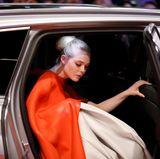 """Ein Hauch von Grace Kelly umweht Elle Fanning bei der Premiere des Eröffnungsfilms """"Isle of Dogs"""" von Wes Anderson."""