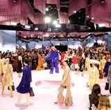 Alison Goldfrapp versorgt die Mulberry-Gäste mit dem perfekten Soundtrack zur Fashion-Show.